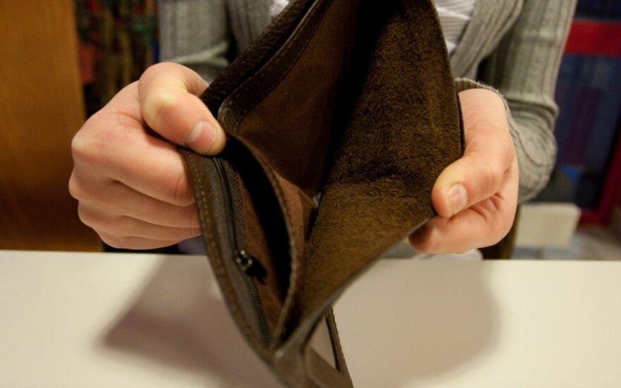 Bandymas užsidirbti baigėsi graudžiai: teismas liepia mokėti daugiau nei gauna pajamų