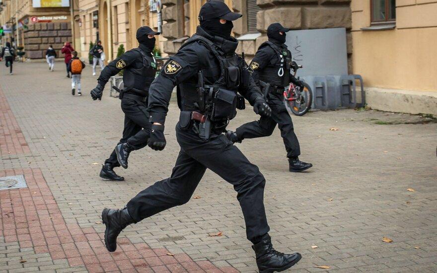 Minske prasidėjo opozicinio protesto dalyvių sulaikymai