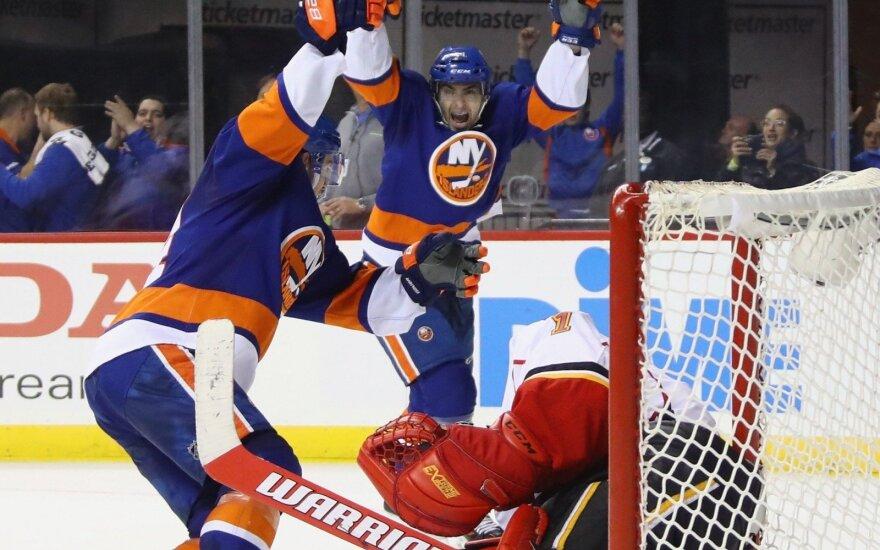 NHL čempionate – fantastiškas pergalingas įvartis nusisukus