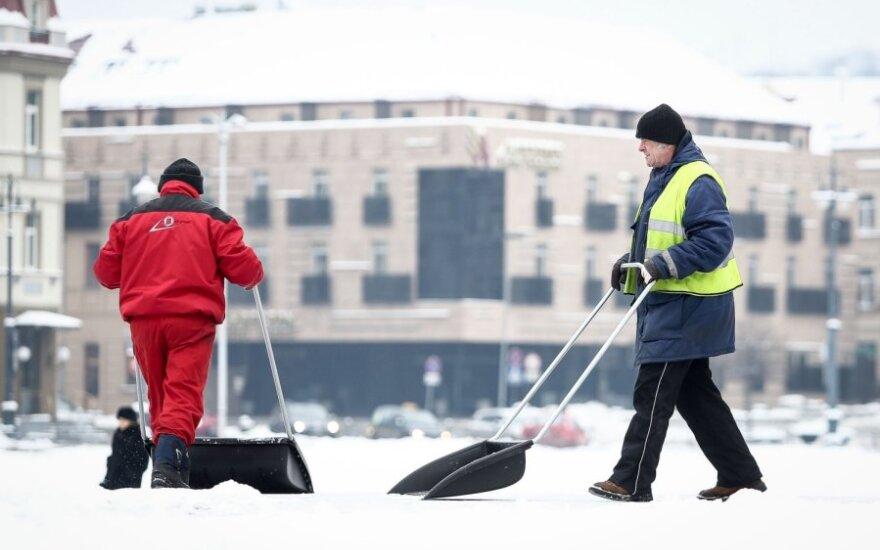 Vilniaus kiemsargiai žada, kad šaltis ir sniegas jų neužklups netikėtai
