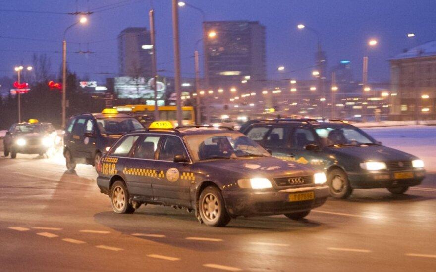 Taksi vairuotojų protesto akcja
