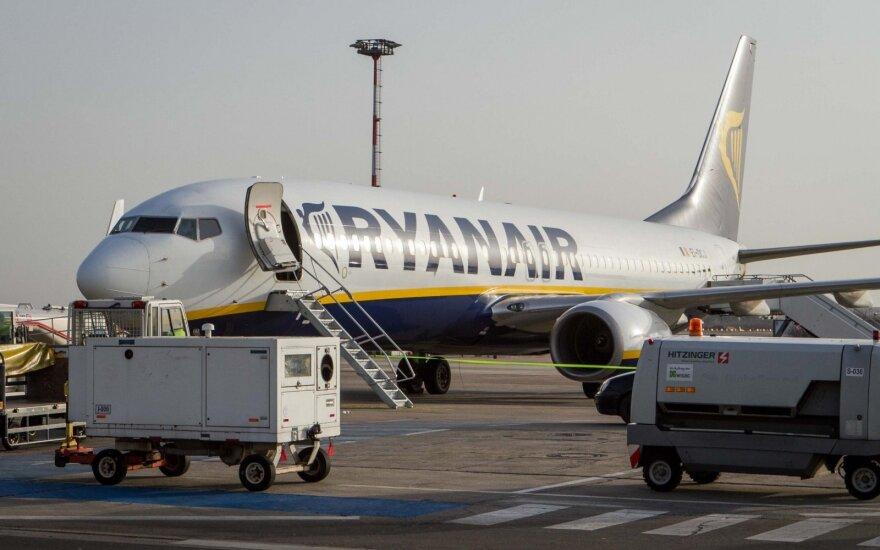 """""""Ryanair"""" streikas pakoreguos keleivių atostogų planus"""