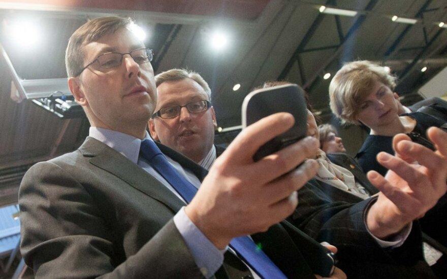 Karštinė, neaplenkianti ir Lietuvos politikų