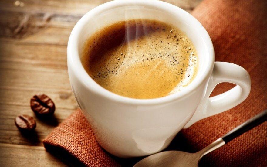 Žolininkas perspėja: kavos mėgėjai mokės brangiai už savo sveikatą