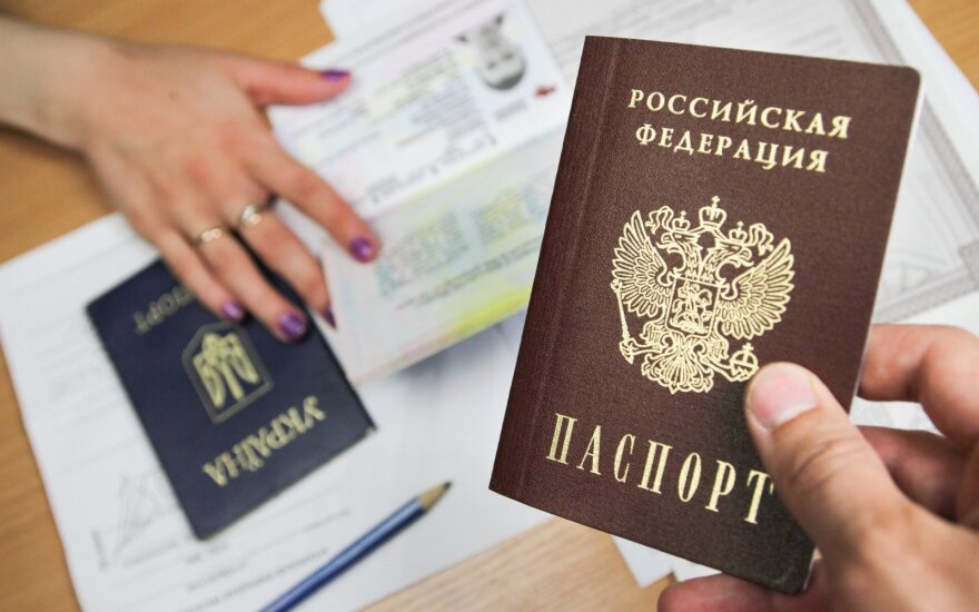 Lithuania seeks EU-level non-recognition of Russian passports for Donbass residents