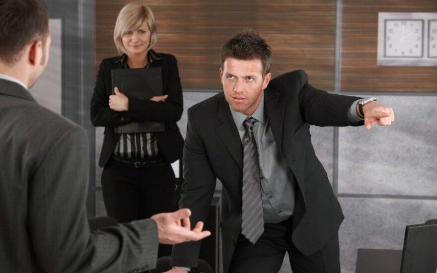 7 dalykai, kurių vadovui niekada nereikėtų sakyti darbuotojams