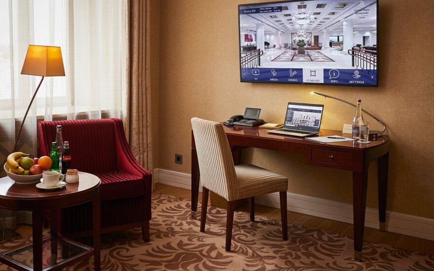Karantinas keičia viešbučius: nuo privačios vakarienės kambariuose iki išskirtinio biuro