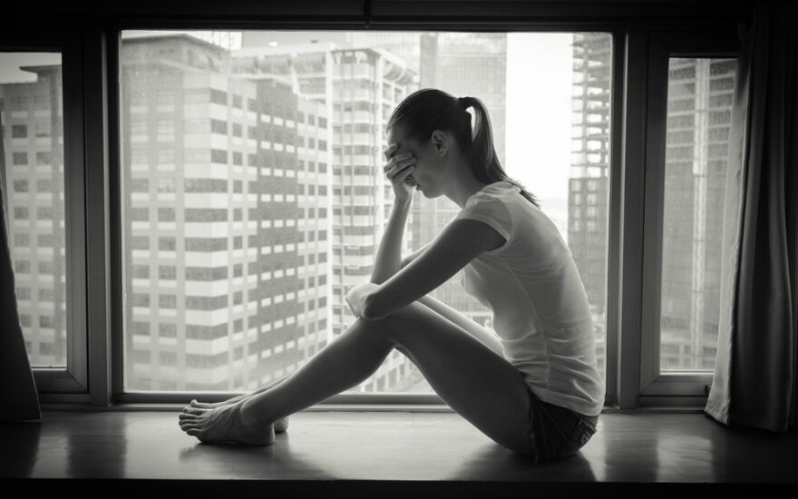 Apie moteris: kodėl prisiimame aukos vaidmenį?