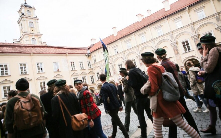 Lithuania's education minister urges universities to tighten admission requirements