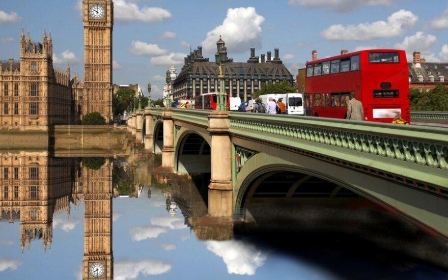 Anglų verslininkai nori panaikinti 30 ES teisės aktų