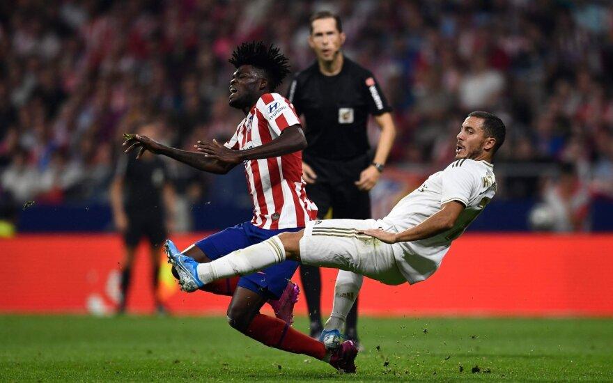 """Madrido derbis – be nugalėtojo, """"Barca"""" laimėjo be Messio"""