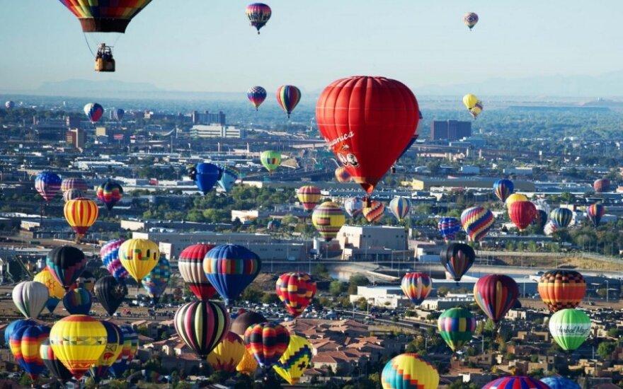 """Oro balionas """"Lituanica"""" tęsi pažadus – konkurso laimėtojai džiaugiasi pirmuoju skrydžiu!"""