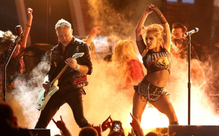 "Lady Gaga ir ""Metallica"""