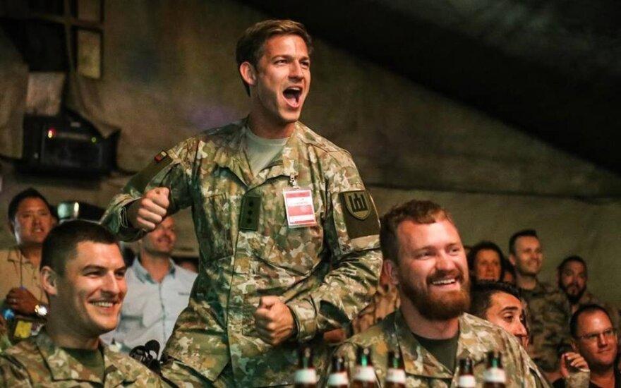 Tyrimas Lietuvos kariuomenėje: nepagražintas vaizdas rodo pažangą, bet veriasi skauduliai ir grėsmės
