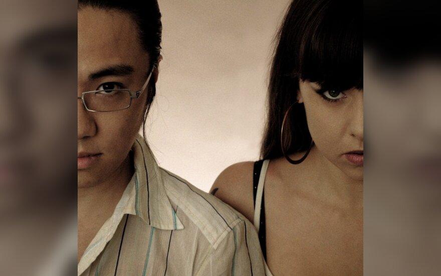 Į Vilnių ketvirtadienį grįžta garsiausias <em>drum'n'bass</em> duetas iš Japonijos Makoto ir MC Deeizm