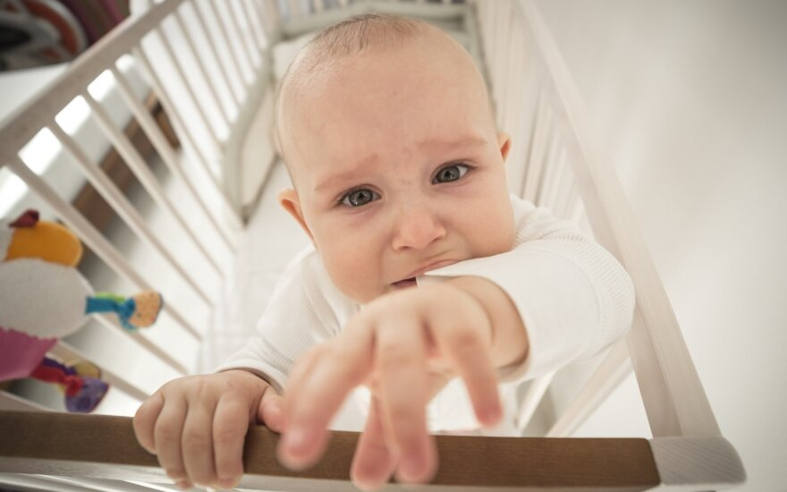 Užmigdyti – misija neįmanoma. Kodėl prieš miegą vaikai ima siautėti, dūkti, lyg būtų įgavę antrą kvėpavimą