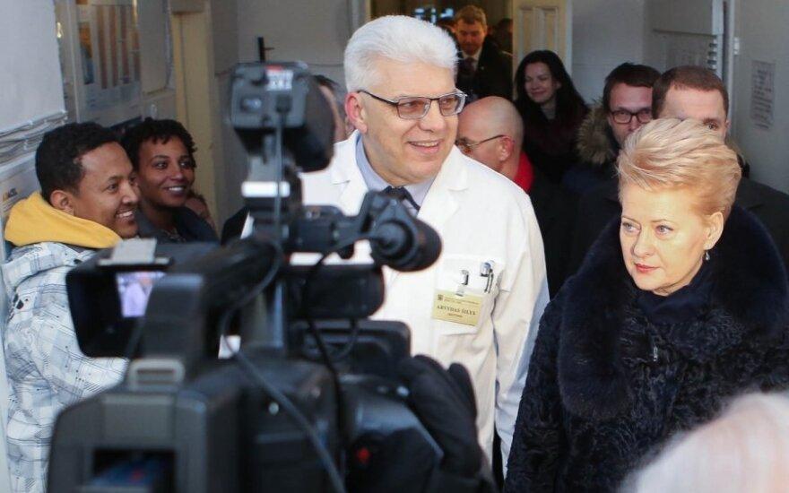 Dalia Grybauskaitė lankosi Vilniaus Infekcinių ligų ir tuberkuliozės ligoninėje