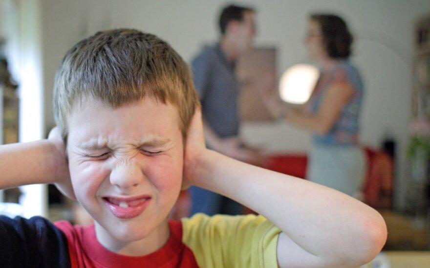 Tėvų skyrybos: kaip padėti jas išgyventi vaikams?