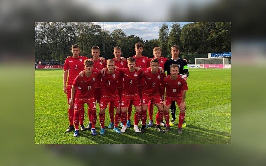 Lietuvos vaikinų futbolo rinktinė beviltiškai pralaimėjo Danijai