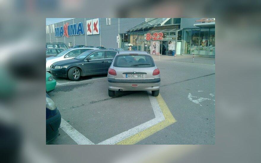 """Kaune, prie PC """"Molas"""". 2009-12-01, 13.06 val."""