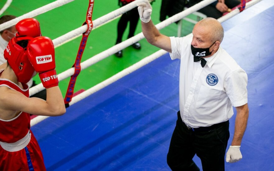 Lietuvos čempionate boksininkai išsidalijo medalius ir kelialapius į Europos pirmenybes