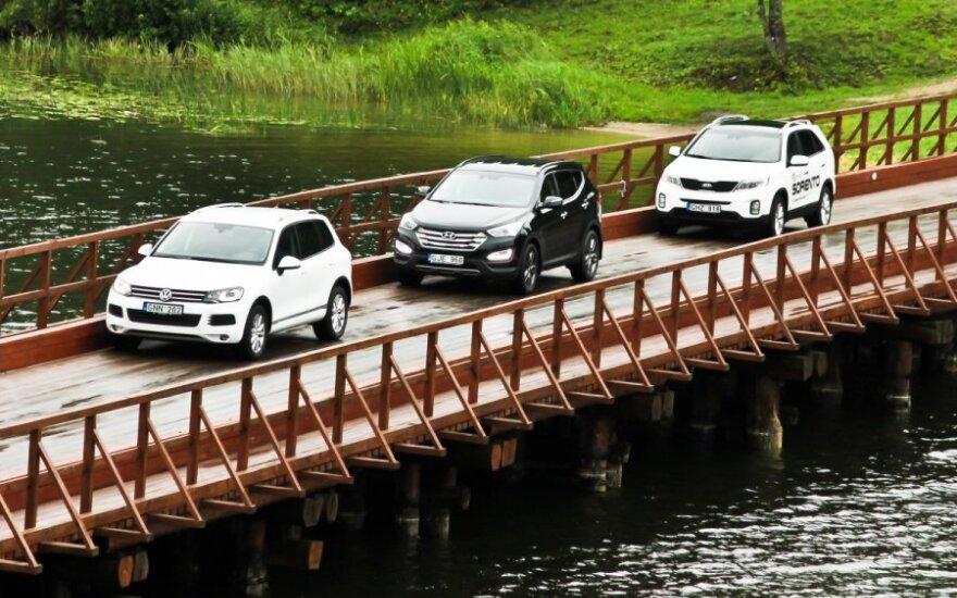 Trys galiūnai: Hyundai Santa Fe ir Kia Sorento prieš Volkswagen Touareg