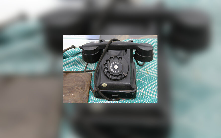 Prieš 50 metų pagamintas, bet vis dar veikiantis telefonas.