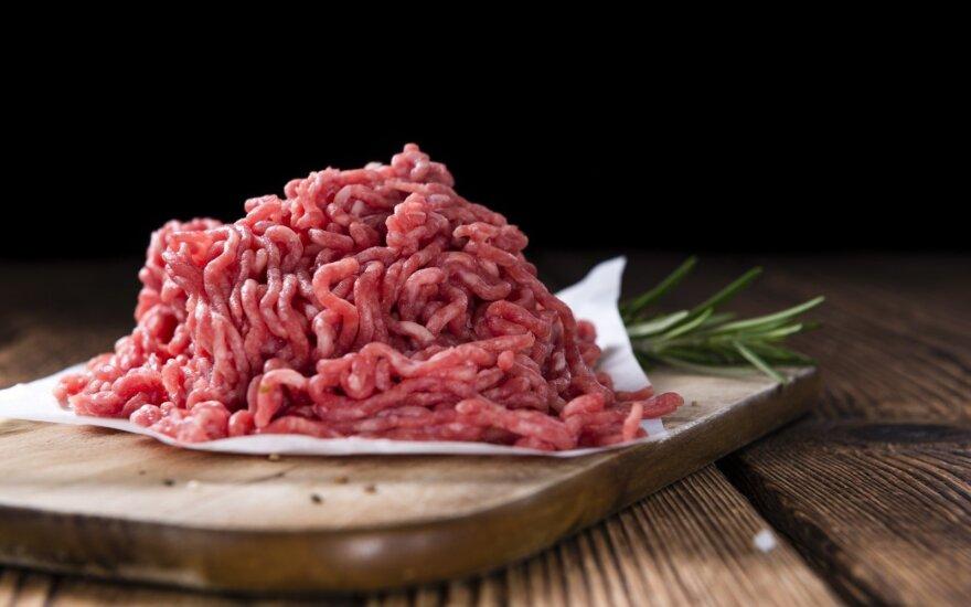 Uždrausta nelegaliai gaminti mėsos konservus
