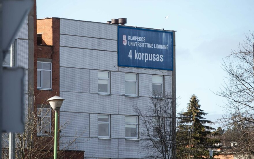 Klaipėdos ligoninės vadovas: palatų sergantiems koronavirusu netrukus gali nebeužtekti