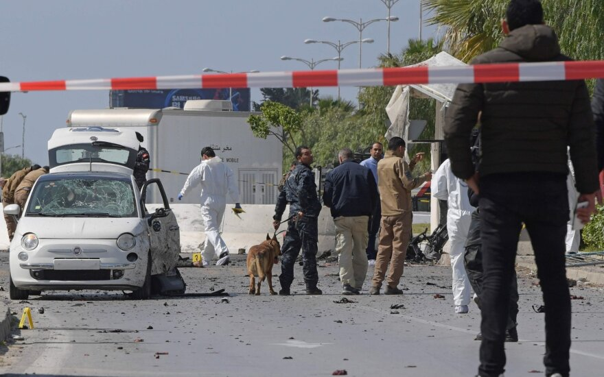 Už ataką prieš JAV ambasadą Tunise atsakingi du mirtininkai sprogdintojai
