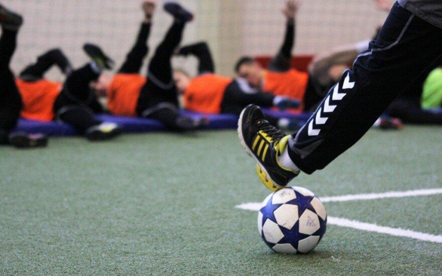 Futbolas: LFF bendradarbiaus su LSU