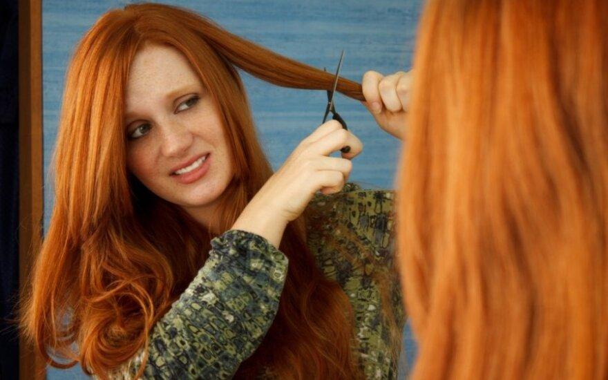 Nepatinka šukuosena? Kaip mūsų plaukai susiję su psichologine būkle