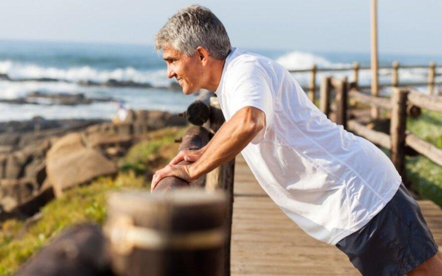 Genialusis daktaras S. Tacas: jeigu norite ilgai gyventi, giliai paslėpkite visus vaistus