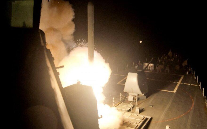 Per JAV vadovaujamą kampaniją prieš IS numesta per 1,7 tūkst. bombų
