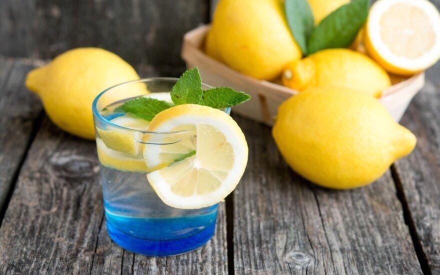 Citrinų gėrimas padės tirpdyti kilogramus