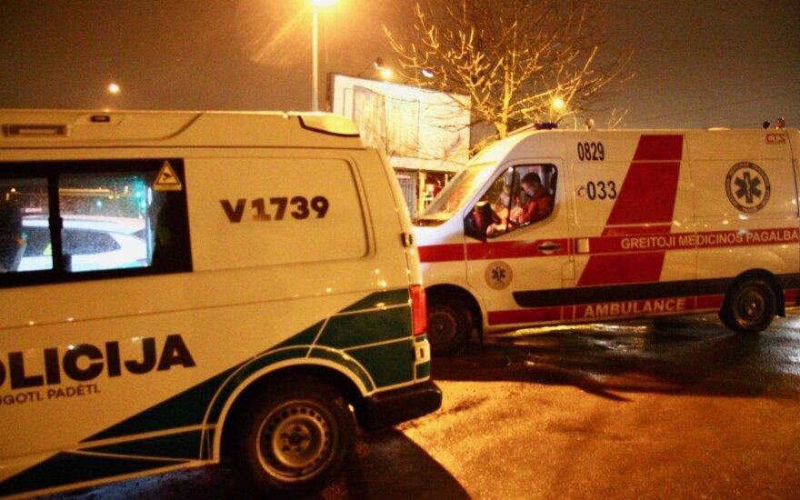 Vilniuje susidūrus dviem automobiliams ir sunkvežimiui susidarė spūstys
