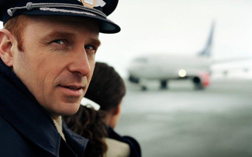 Kiek laiko pilotai gali skraidyti, kad keleiviams būtų saugu?