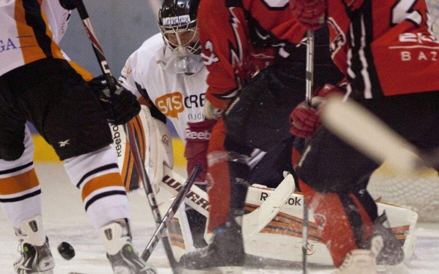 """Elektrėnų """"Energija"""" palaužė vienus iš Latvijos ledo ritulio čempionato lyderių"""