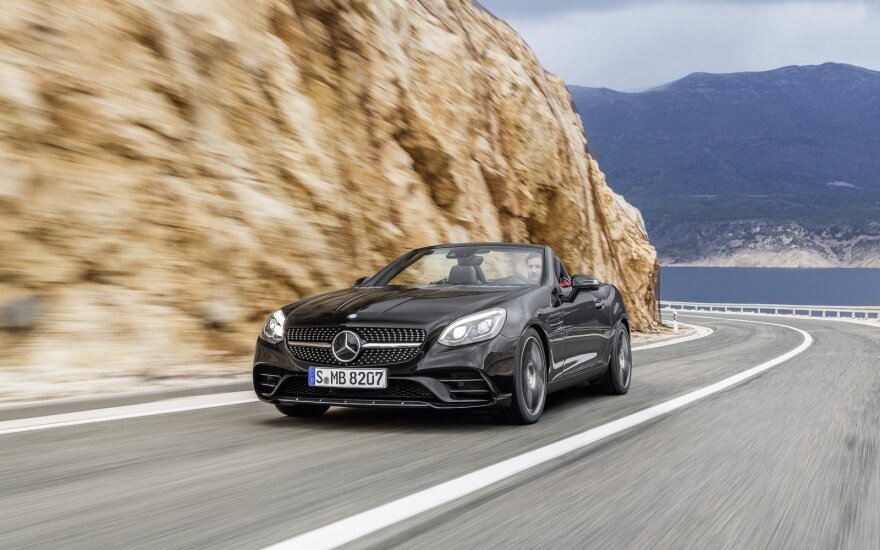 """Mercedes-Benz SLC"""