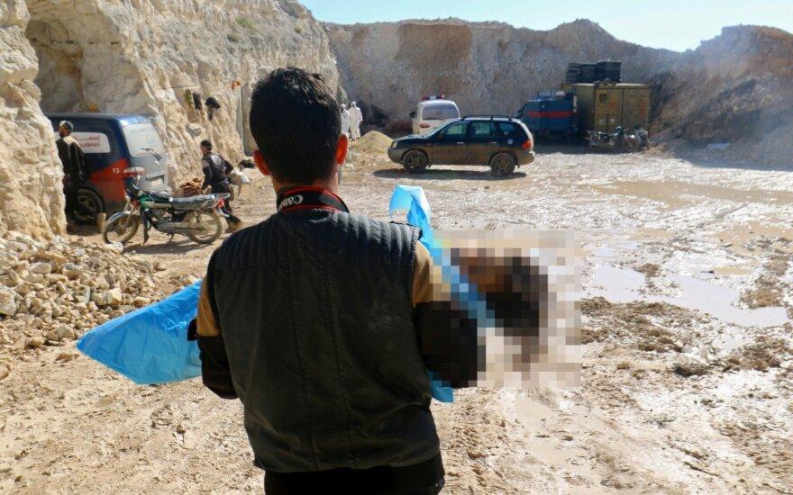 Kraupios PSO išvados: atakos Sirijoje aukoms pasireiškė nervus paralyžiuojančios medžiagos poveikis