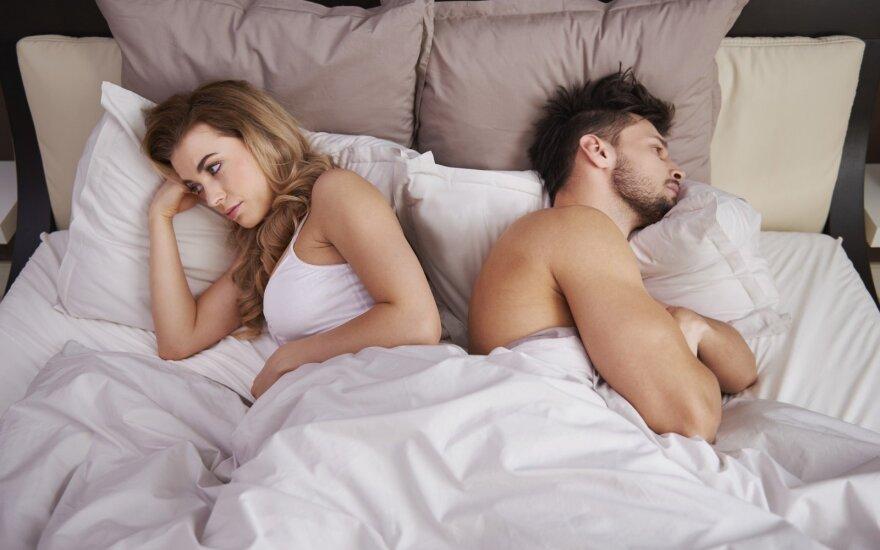 """Moteris atsakė vyrams, kodėl dažnai """"skauda galvą"""" seksui"""