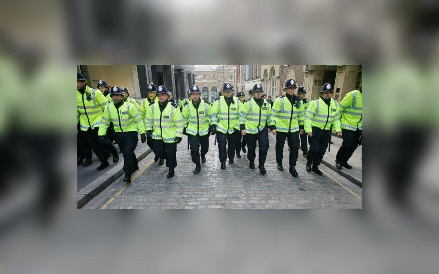 Kova su terorizmu Britanijoje užkabina ir lietuvius