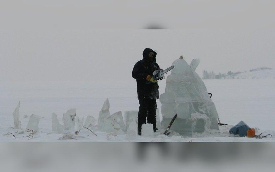 Ledo skulptūrų gimimas Neringoje