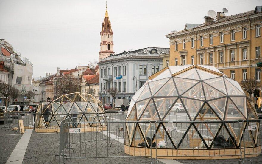 Vilniaus Rotušėje dygsta stikliniai kupolai: kas tai?