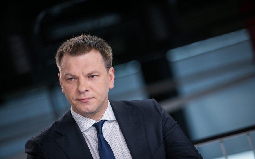 """Šapoka apie kreipimąsi dėl """"Revolut"""": jeigu Seimas neturi naujos informacijos, tai – betikslis laiko švaistymas"""