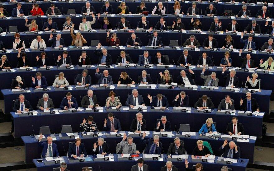 Europos Parlamentas balsuos dėl bevizio režimo ukrainiečiams