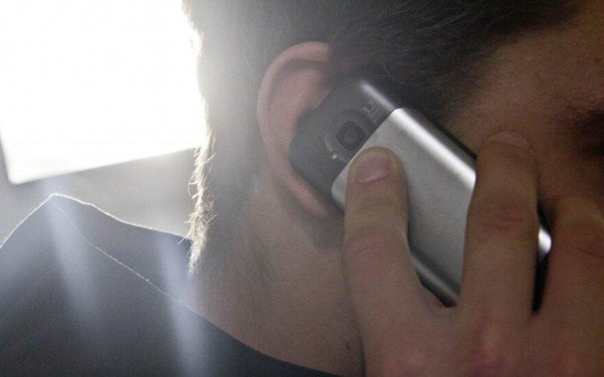 Įspėja gyventojus: telefoniniai sukčiai gali apsimesti ir draudikais