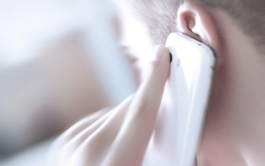 Vyriškio nakties miegą trikdo paslaptingi skambučiai