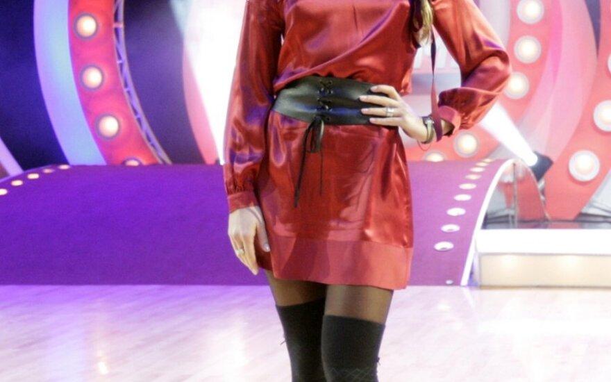 32-ejų metų E.Daniūtė nusprendė baigti šokėjos karjerą