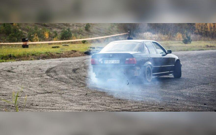 Drifto automobilis